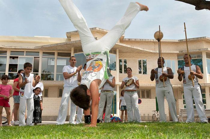 clases capoeira picassent