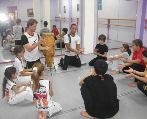 clase capoeira infantil valencia