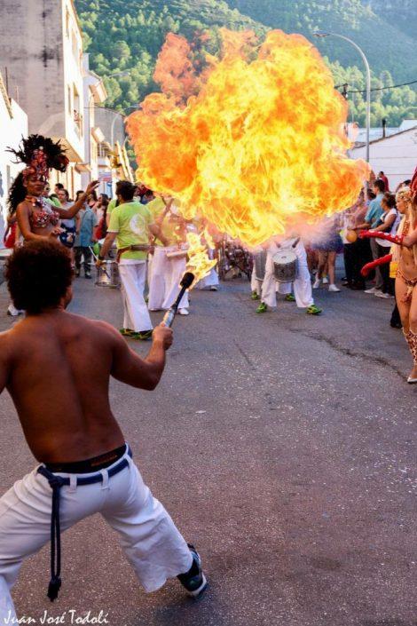 show-capoeira-fuego